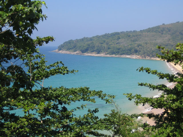 Relax on the beach at Naithon